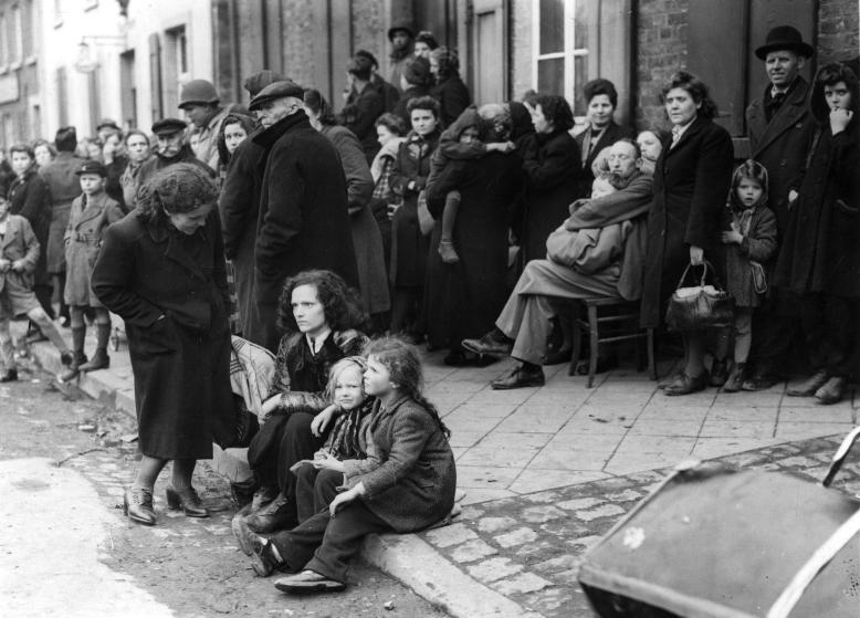 3rd March 1945: German refugees crowding the market square at Juchen, Germany, a town captured by the US Army at the end of the Second World War. (Photo by Fred Ramage/Keystone/Getty Images)