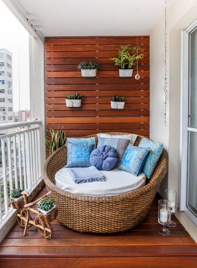 idei-pentru-a-transforma-balconul-intr-un-spatiu-de-vis25